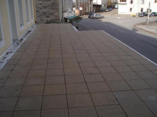 etanch it d 39 une terrasse avec pose de dalles sur plots. Black Bedroom Furniture Sets. Home Design Ideas